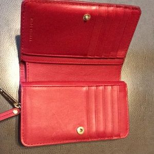 Marc Jacobs Bags - Marc Jacobs leather wallet